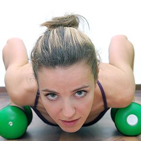 背中の痛み case 06 |背骨の関節の動きが悪いことが原因!?