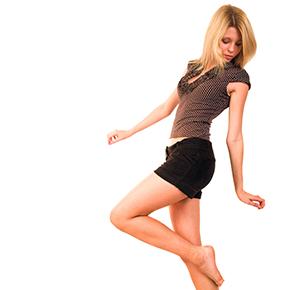 背中の痛み case 09 |慢性的な背中の痛みは背骨の問題!?