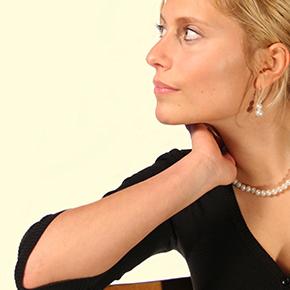 首の痛み case 09 |首の痛みの原因が顎関節にあった!?