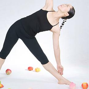足の痛み case 10|ストレッチ時の内股の痛みは、股関節や恥骨の問題が関わる!?