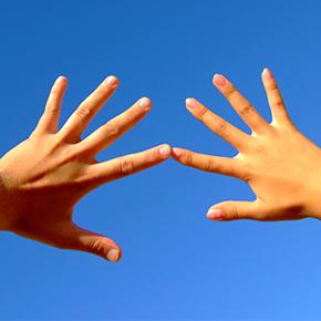 手のしびれ case 19|首や胸の筋肉が緊張して手にシビレが出る!?