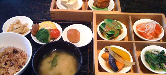 おすすめレストラン|オーガニック厳選素材のお昼のお膳